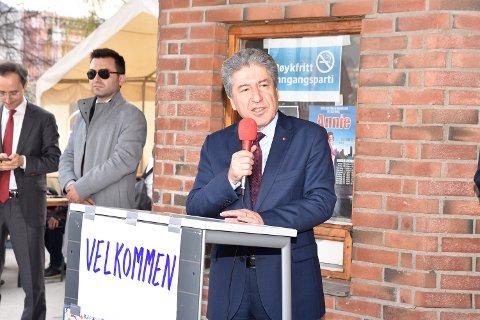 Det var første gangen den tyrkiske ambassadøren sto for åpningen.