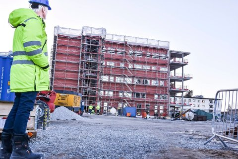 KONKURS: I mai ble det åpnet konkurs i Mjøndalenfirmaet Bermingrud Entreprenør AS. Dette bildet er fra 2017 da de bygde nye Modumheimen.