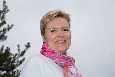 Ann-Kristin Dramdal er forberedt på endel jobbing, men håper også på en tur til hytta - i egen skau i egen kommune i Finnemarka - i påsken. Foto: Anders Kongsrud.