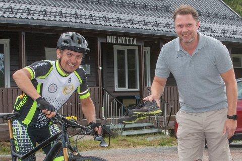 MØT OPP: Michael Helgestad (t.v) fra Eiker CK og Eivind Rørhuus-Øie fra skigruppa i MIF inviterer til terrengsykkelrittene «Rypejakta og Hanekampen» og terrengløpet «Mjøndalsløpet» med utgangspunkt fra MIF-hytta.