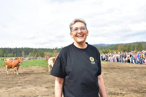 ALT I ÉN: Anne Marie Sando er både daglig leder, gründer og fagansvarlig ved Eiker gårdsysteri. Foto: Henriette Iversen