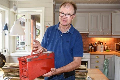 Per-Håkon Hatle var redd han hadde mistet livsverket sitt. Uerstattelig verktøy er blitt borte langs E6 ved Biri. Foto: Arkivfoto: Maria Constance Enger Amdal