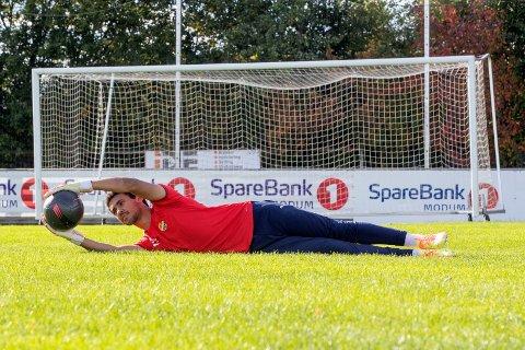 TALENT: Daniel Negussie Skretteberg er fotballproff i Strømsgodset, men målvakttalentet fra Steinberg venter fortsatt på sin Eliteserie-debut.
