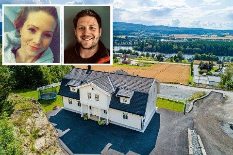 SELGER: Huset på Horgen er det mange som har lagt godt merke til. Nå selger  Sara Larsen (32) og Lars Kristian Uggla (34) det.