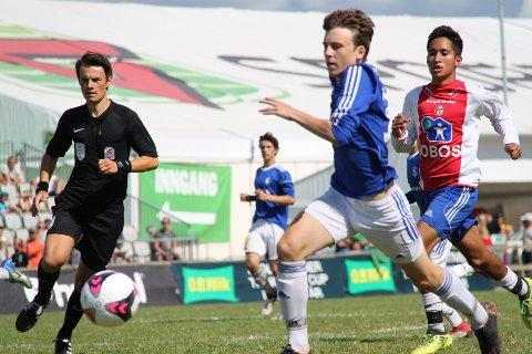 Stian Jensen fikk kronet innsatsen som dommer under Norway Cup med å dømme finale i helgen.