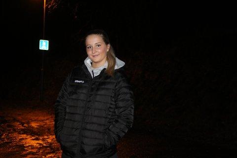 SNART PÅ BEINA IGJEN: 17 år gamle Lea Tidemann Stenvik har tatt korsbåndet i begge knærne. Nå er hun snart tilbake igjen etter et nytt år med opptrening.