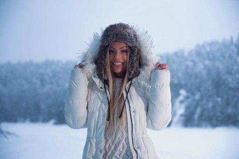 """FORBILDE: Som Miss Norway-kandidat vil Madeleiene Denice være et godt forbilde for unge jenter. - Det har dessverre blitt veldig mye press på unge i dag for at de skal ha """"perfekt utseende"""" og """"Perfekt kropp"""", sier hun."""