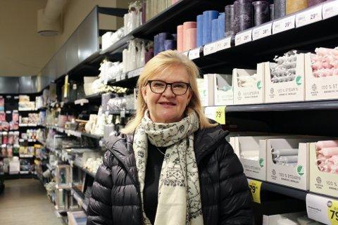 IKKE FORNØYD: Nille-sjef Kjersti Hobøl er ikke fornøyd med dagens situasjon. Det Nordre Follo-baserte firmaet har stengte butikker og permitterte ansatte over hele Norge.