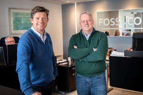 HETT MARKED: Eiendomsmegler Geir Petersen og daglig leder Glenn Julseth ved Foss og co forteller at markedet for fritidseiendommer er brennhett.
