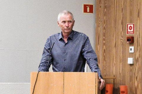 Nils-Petter Wiik (Sp) er overrasket over kostnaden som er anslått for den nye turstien som ønskes på Flateby.