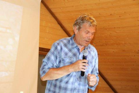 GRATIS UTSIKT: Stortingsrepresentant Arne Nævra (Sv) skal jobbe for at folk får tilgang til Nordkapp-platået uten å måtte betale en høy avgift. – En utsikt skal være gratis, sier han.