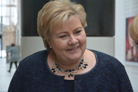 AVLYST: Statsminister Erna Solberg (H) reiser til Litauen.