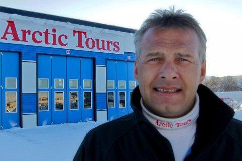 SOLGT: Ernst Rune Andersen, daglig leder i Arctic Tours, er fornøyd med Tide som ny eier.