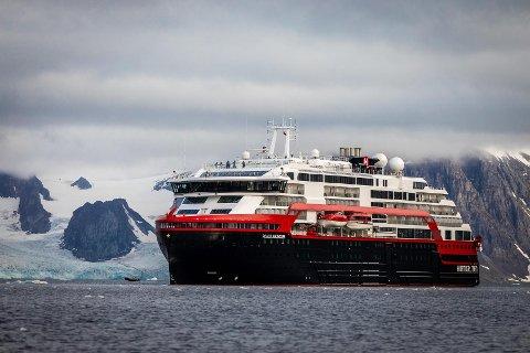 EKSPEDISJONSSKIP: MS Roald Amundsen