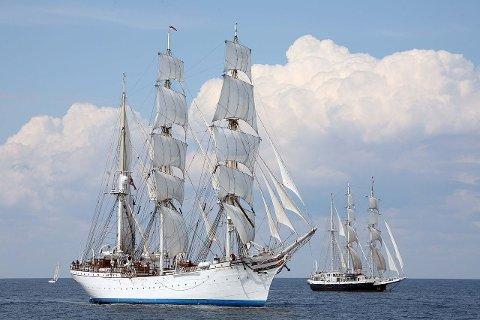 ERVÆRDIG: Det 107 år gamle skipet «Statsraad Lemkuhl» skal seile gjennom kysten av Norge og stikke en tur innom  Shetland.