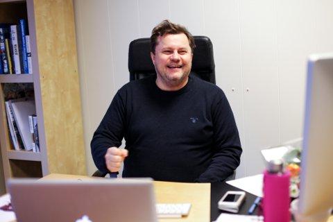Betre som menneske: Temposeminaret-leiar Per Øyvind Helle har som mål å gi folk foredrag som gjer dei til betre menneske både i næringslivet og privatlivet. Foto: Heidi Hattestein