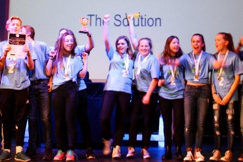 """""""The solution"""": Ti jenter og seks gutar frå Davik Oppvekst."""
