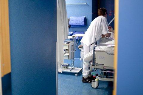 Får vi vestlendingar for lite av dei 140 årlege sjukehus-milliardane som staten løyver? Det skal no granskast.