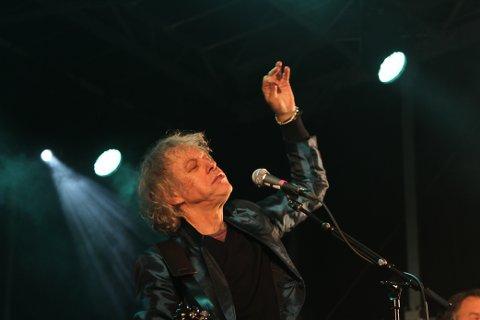 Bob Geldof stod på scena ytst i havgapet i Gulen på onsdag kveld.