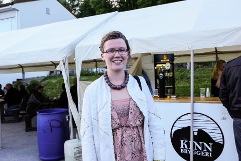Ragnhild Underlid (21) er frå Vevring. Heile familien Underlid er engasjert i protestleiren.
