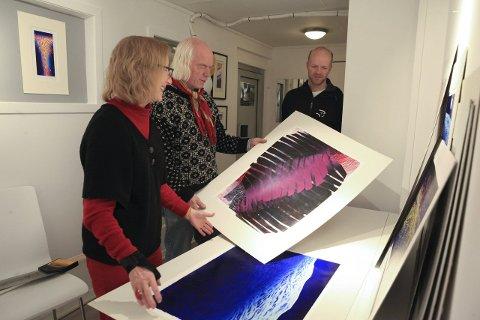 GALLERI: Laurdag opnar Gunhild Bjelland (t.v.) ny utstilling i Galleri34 i Strandgata. Foto: arkiv