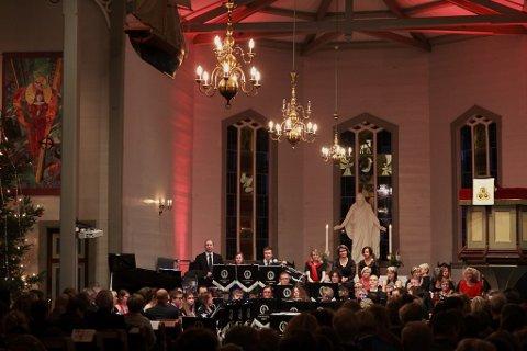 Illustrasjonsfoto frå nyttårskonsert i Florø kyrkje.