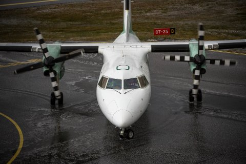 MORGONKANSELLERING: Ni-flyet til Bergen frå Florø går ikkje fredag morgon.