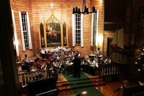Frå jubileumskonserten i desember der Frøya kyrkje feira 150 år. Illustrasjonsfoto.