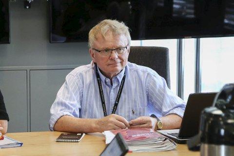 Valekspert: Knut Henning Grepstad har følgt politikk og fogderistridar i fjordfylket gjennom mange år frå sin posisjon i fylkeskommunen. Foto: Firda