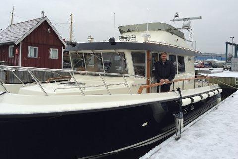 Røystebåten Fjordservice, med styrmann Dag Bjerk. Arkivfoto.