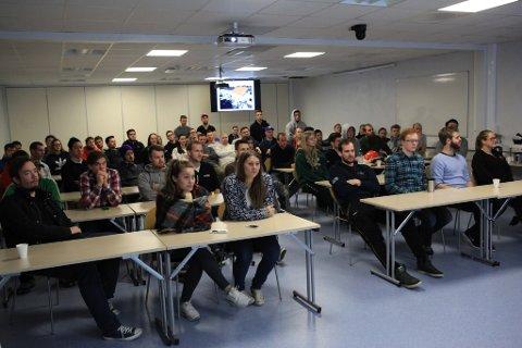 Subseastudentar ved HVL si avdeling i Florø.