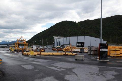 Shell Norge si avdelinga på Fjord Base skal framleis ha  drift av Knarr.