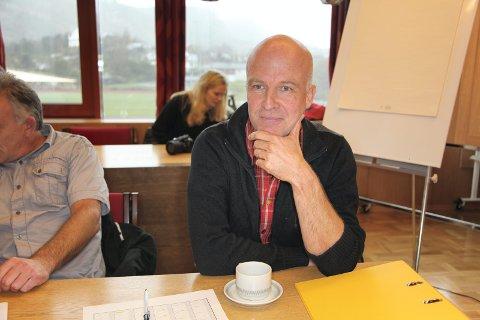 Sjå innover: Om Bremanger blir tvinga inn i ein kystkommune, vil bygdene i indre vere tent med å sjå mot Eid, meiner Stig Bakke.