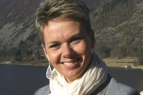 FÅR STØTTE: Vågsøy-ordførar Kristin Maurstad opplever at kystsamarbeidet allereie fungerer i praksis.
