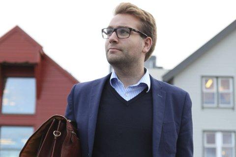 Samlingslistas Jacob Nødseth vil forvisse seg om at Flora kommune, både politisk og administrativt, har rutinane som trengst når konfliktsaker oppstår i skulesektoren.