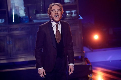 """Adam Douglas syng """"This is the moment"""" frå musikalen """"Jekyll & Hyde""""."""