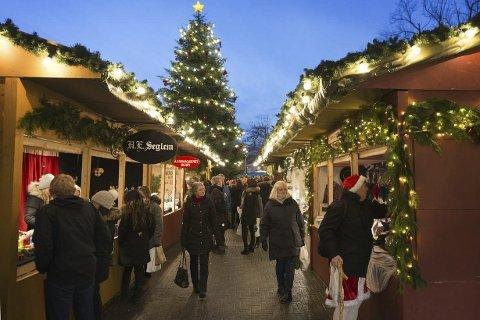 Julemarknad: Slik ser det ut på marknaden i Egersund. Foto: iEgersund.no