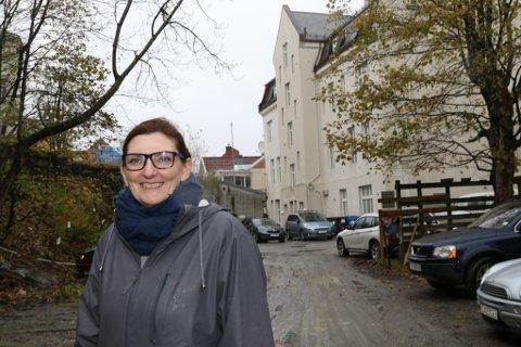 Ap-gruppeleiar Solveig Willis meiner at ei utbygging av Bankhola og det gamle rådhuset kan gi mange spennande synergieffektar i sentrum.