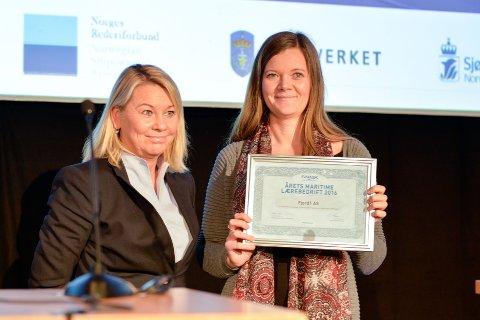 Monica Mæland og Cicilie Færestrand.
