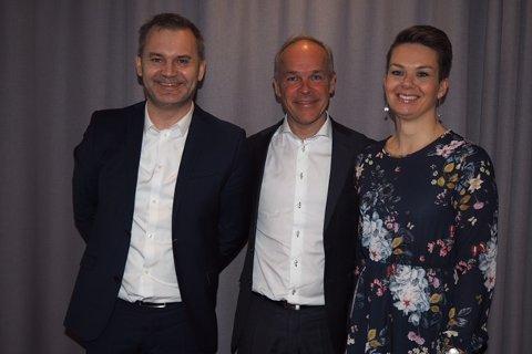 Onsdag møtte representantar frå Flora og Vågsøy kommunalministeren.
