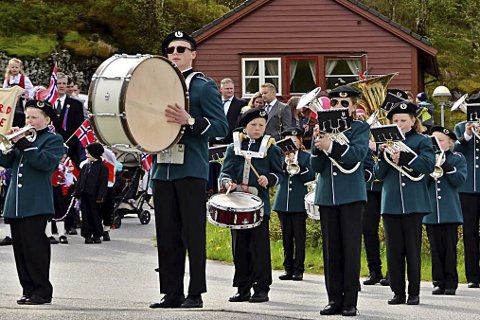 Arkivfoto av Eikefjord skulemusikk.