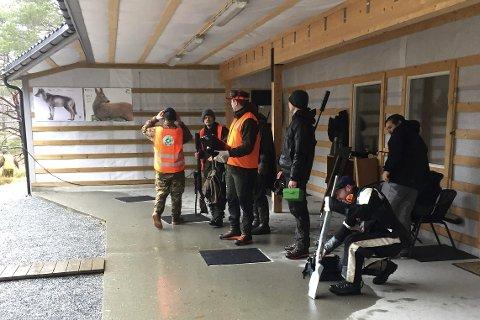 Breiare: Gjesteskyttarane beit bra frå seg på årets første jaktfeltstemne i regi av Flora JFF på Grovastøylen. Foto: Privat
