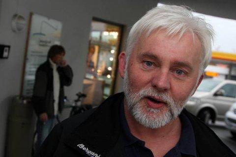 Jan Helge Dale stadfestar at det er ein influensa av varianten B som no har sendt mange florøværingar til sengs - midt under konfirmasjons- og 17. mai-førebuingane.
