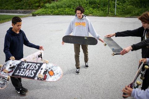 - Skateparken ser veldig bra ut så langt, er dommen frå byens unge skatarar.