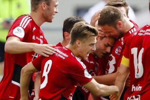 I STORFORM: Florø er best i ligaen om vi reknar dei fem siste kampane. Arkiv: Digitalsport