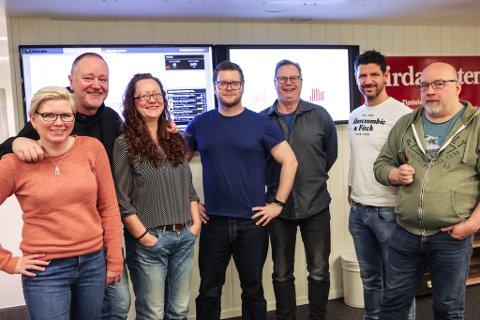 Redaksjonen i Firdaposten startar opp med tidlegvakt. Frå venstre: Linda Regina Bruvik, Svend Arne Vee, Liv Standal, David Antonsen, Arve Solbakken, Dag Nesbø Frøyen og Arne Hjorth Johansen