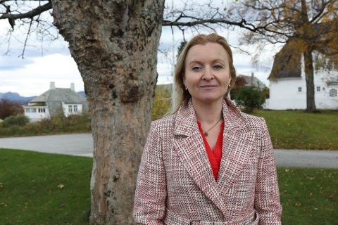 AVHOPPAR: Marie Kronen Tveranger gjekk frå Arbeidarpartiet og inn i Raudt. - Eg kunne ikkje lengre stå inne for politikken til Ap og Raudt var her eit tydeleg alternativ for meg, seier ho.