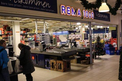 REMA 1000: Frå Rema 1000 sin butikk på Amfisenteret i Florø.