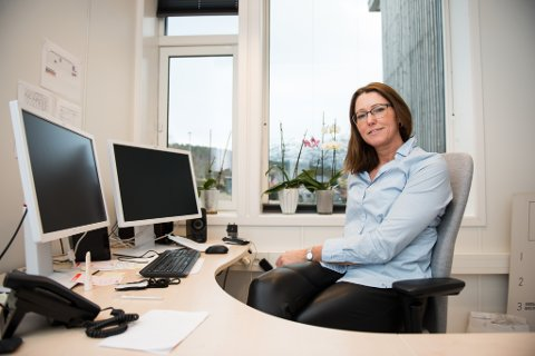 Rektor: Heidi Humlestøl Aasen.