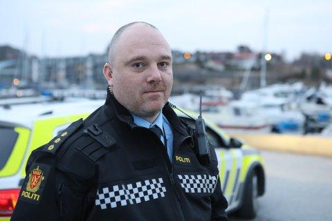 VEIT LITE: Innsatsleiar Kjell Bolsø fortel dei hadde lite informasjon kring dødsfallet dei kunne gå ut med.